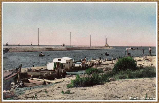 Gujan-Mestras autrefois :  L'entrée du Port de Larros et la Jetée du Christ, Bassin d'Arcachon (carte postale - version colorisée, collection privée)