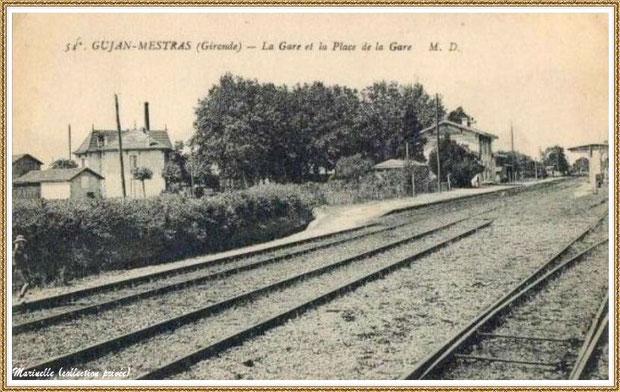 Gujan-Mestras autrefois : la gare et ses quais avec derrière les platanes, l'Hôtel-Restaurant Landais et, en fond, la cheminée de la scierie Deycard, Bassin d'Arcachon (carte postale, collection privée)