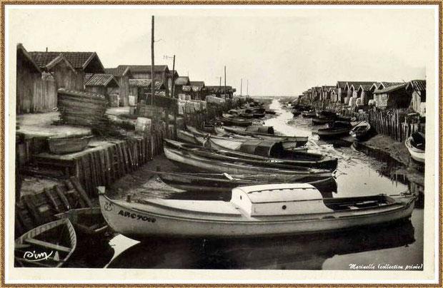 Gujan-Mestras autrefois : Port du Canal à marée basse vers 1950-1960, Bassin d'Arcachon (carte postale, collection privée)