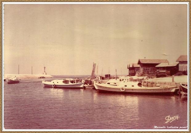 Gujan-Mestras autrefois : Entrée darse secondaire (darse principale après Jetée du Christ), Port de Larros, Bassin d'Arcachon (carte postale, collection privée)