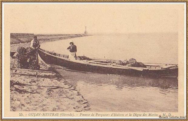 Gujan-Mestras autrefois : couple de d'ostréiculteurs avec leur pinassotte devant la Jetée du Christ au Port de Larros, Bassin d'Arcachon (carte postale, collection privée)