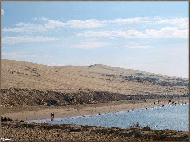 La Dune du Pyla, côté mer, accès depuis la plage de La Corniche à Pyla-sur-Mer, Bassin d'Arcachon (33)