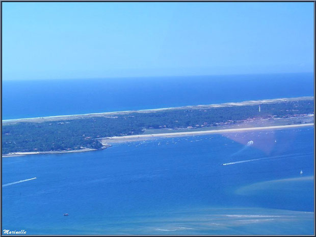 Le Cap Ferret avec son pharte, entre Bassin et Océan Atlantique, Bassin d'Arcachon vu du ciel (33)