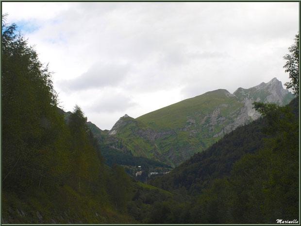 Panorama sur les Pyrénées, direction Eaux-Chaudes et Gabas, Vallée d'Ossau (64)