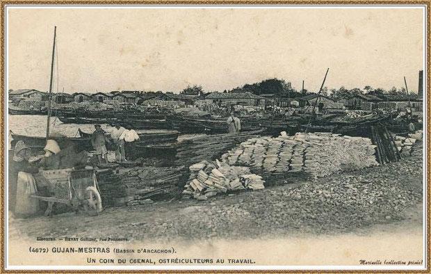 Gujan-Mestras autrefois : en 1907, ostréiculteurs au travail dans la darse principale du Port de Larros, Bassin d'Arcachon (carte postale - version NB, collection privée)