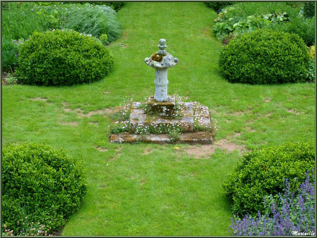 Les Quatres Carrés - Les Jardins du Kerdalo à Trédarzec, Côtes d'Armor (22)
