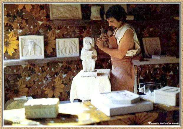 Gujan-Mestras autrefois : Atelier du tailleur de pierre au Village Médiéval d'Artisanat d'Art de La Hume, Bassin d'Arcachon (carte postale, collection privée)