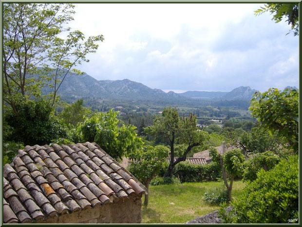 Vue panoramique des hauteurs d'Eygalières dans les Alpilles, Bouches du Rhône