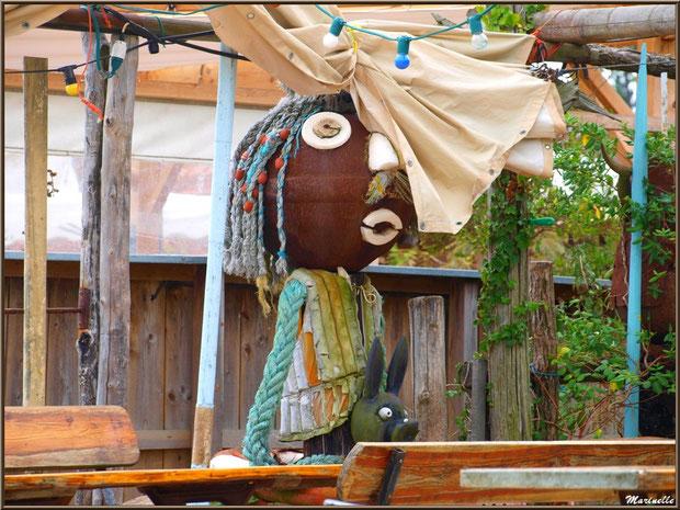 Décoration d'une dégustation d'huîtres, Village de L'Herbe, Bassin d'Arcachon (33)