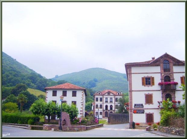 Le petit village de Uzdazubi-Urdax, Pays Basque espagnol