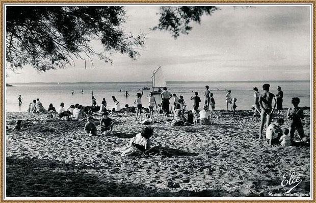Gujan-Mestras autrefois : la plage de La Hume, pinassotte, baignade, Bassin d'Arcachon (carte postale, collection privée)