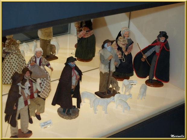 Musée des Santons, Baux-de-Provence, Apilles (13) : santons de Claude Carbonel et Colette Macchia