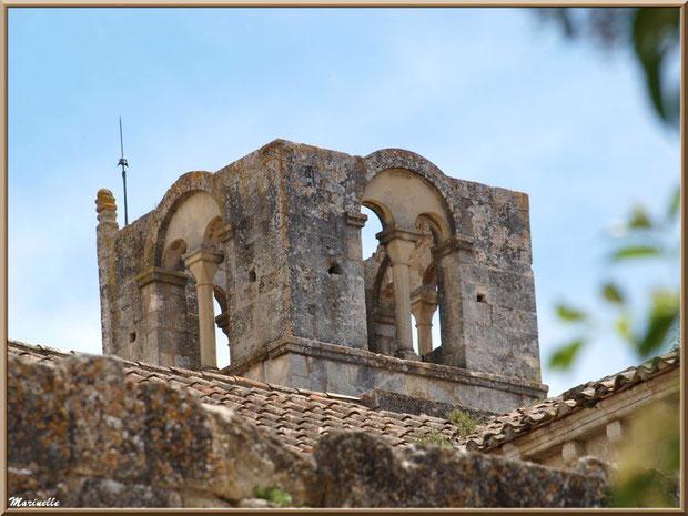 Le clocher carré de l'abbaye de Silvacane, Vallée de la Basse Durance (13)