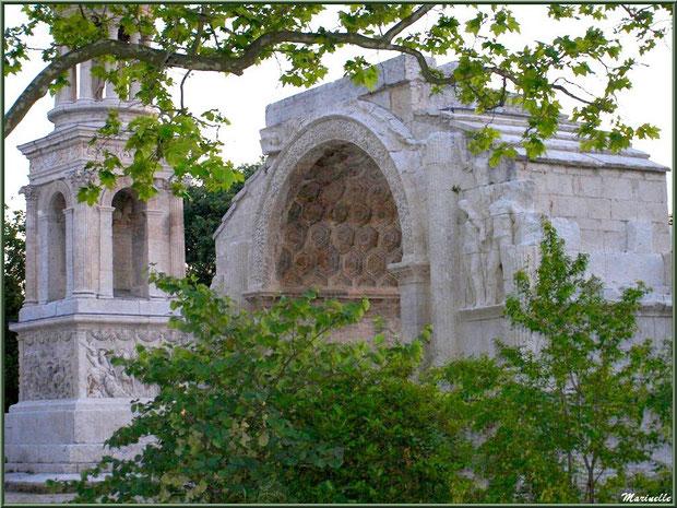 Les Antiques, en fin d'après-midi, à Saint Rémy de Provence, Alpilles (13)