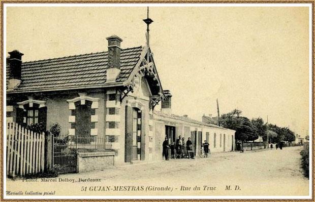 Gujan-Mestras autrefois : Rue du Truc, devenue Rue du Maréchal Joffre, Bassin d'Arcachon (carte postale, collection privée)