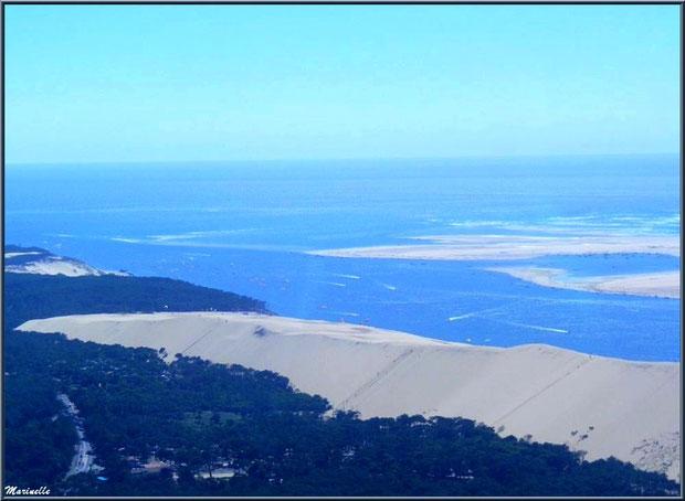 La Dune du Pyla et le Banc d'Arguin, entre Bassin et Océan Atlantique, Bassin d'Arcachon (33) vu du ciel