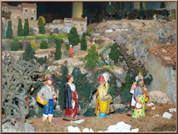 Musée des Santons, Baux-de-Provence, Apilles (13) : la grande crèche avec des santons de Marcel Carbonel