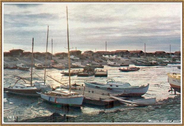 Gujan-Mestras autrefois : Coucher de soleil, darse principale du Port de Larros, Bassin d'Arcachon (carte postale, collection privée)