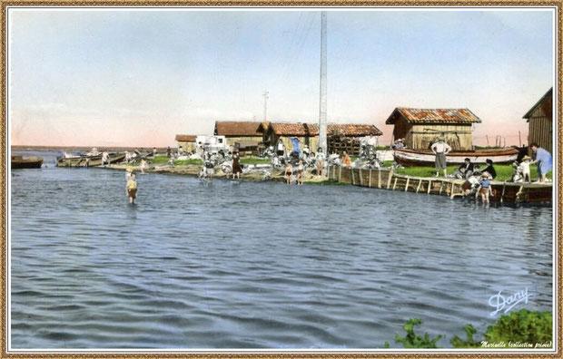 Gujan-Mestras autrefois : Entrée du Port de Larros (face à la Jetée du Christ), Bassin d'Arcachon (carte postale, collection privée)
