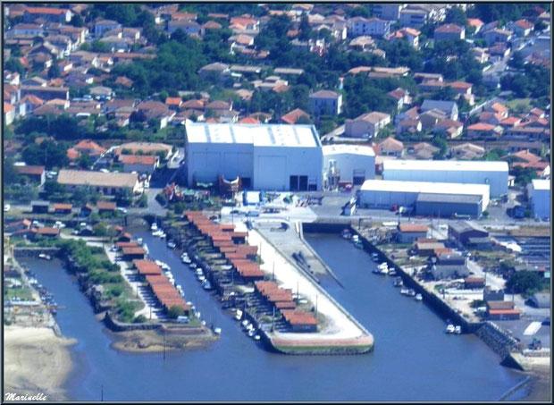 Gujan Mestras et son port du Canal (vue zoomée), Bassin d'Arcachon (33) vu du ciel