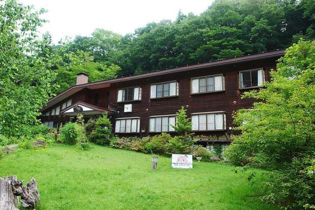 六合村の宿・くじら屋さん  (この写真のみ2007年6月24日の撮影)