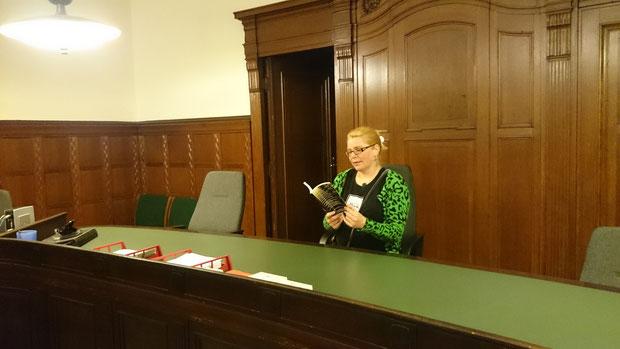 Lesen im Kriminalgericht Moabit