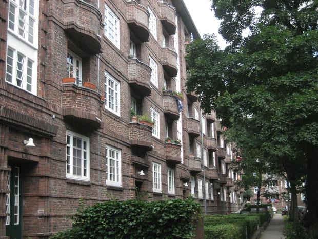 EIGENTUMSWOHNUNGEN  IN  HAMBURG - BARMBEK