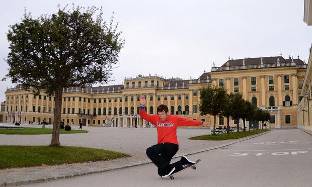 Guenter Mokulys am Schloss Schönbrunn/Wien