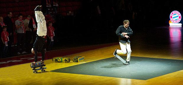 Basketball Bundesliga Spiel, Halbzeitpause, die Skateboardmasters