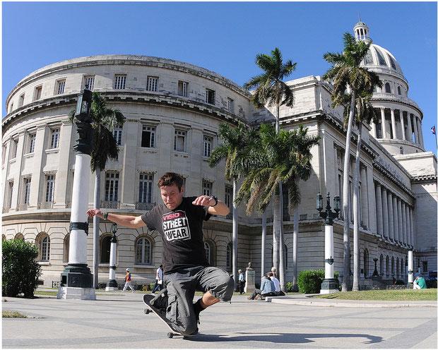Guenter Mokulys am Capitol/Havanna-Cuba.