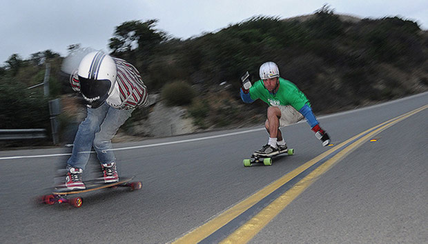 Speed-Downhill. Skateboardbusiness