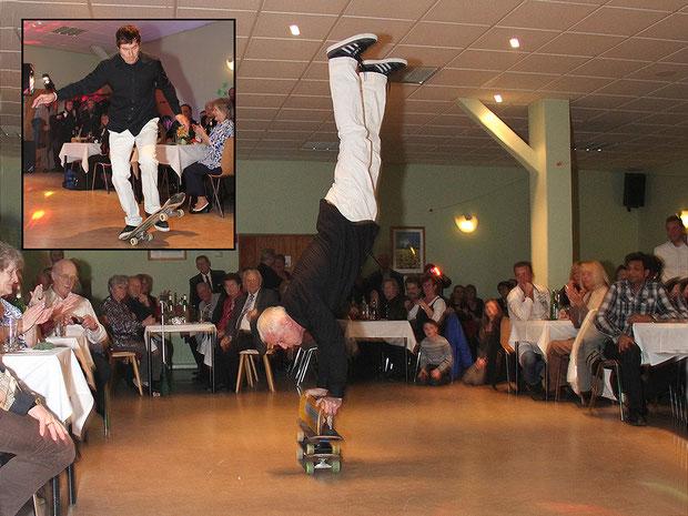 Handstand auf 3 Skateboards (Eddie Haack) / Tail-Flip (Guenter Mokulys)
