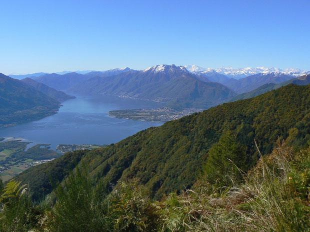 Aussicht auf dem Weg zur Alpe di Sassello