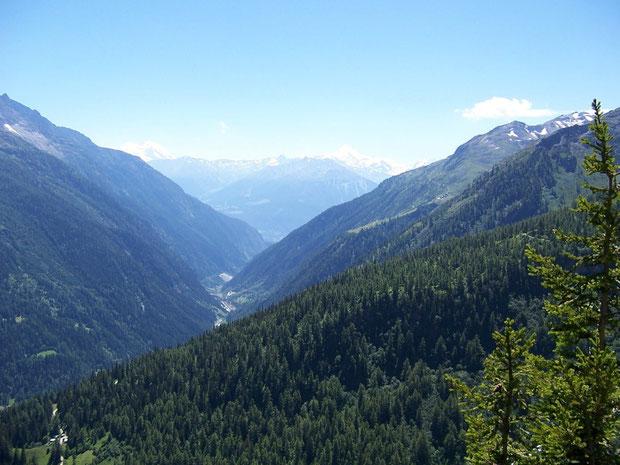 Blick vom Lötschental auf die Umgebung von Goppenstein