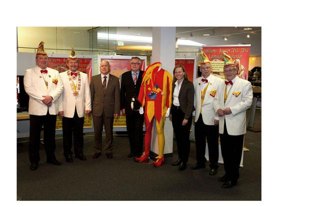 Am 11.11.2013 Eröffnung unserer Ausstellung in der Einbecker Sparkasse