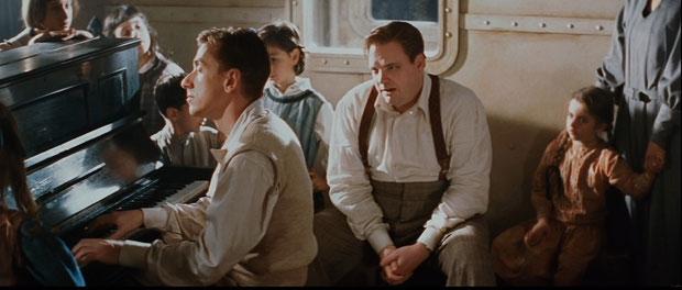 """Immagine dal film """"La leggenda del pianista sull'oceano""""  Fonte: Web"""