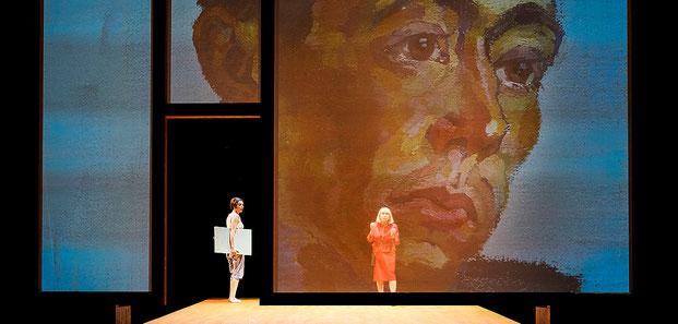 Szenenfoto Landestheater Vorarlberg 2020, Katrin Hauptmann u. Heide Capovilla (c) Anja Köhler
