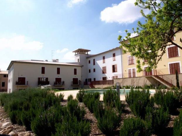 """Complejo residencial""""Son Pastor"""". Vilafranca de Bonany. 1er. Premio nacional construcción sostenible 2007"""