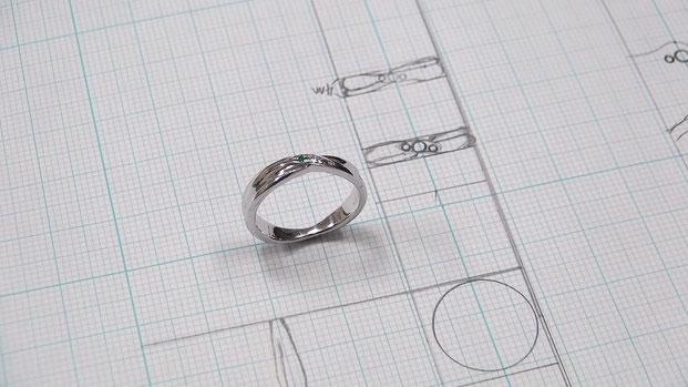 世界にたった一つの婚約指輪