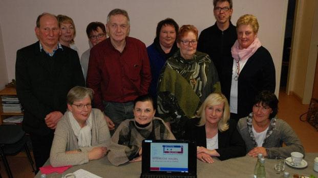 """Gitta Connemann (MdB) und Vorstandsmitglieder der CDU Twist zu Gast beim Verein """"Seitenblicke"""". Foto: Daniel Gonzalez-Tepper (Meppener Tagespost)"""