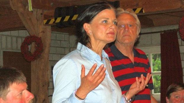 """Lebhafte Diskussion auf Einladung der CDU Twist zum Thema """"Sterbehilfe"""" im Heimathaus Twist. Fotos: H. Harnack (Meppener Tagespost)"""