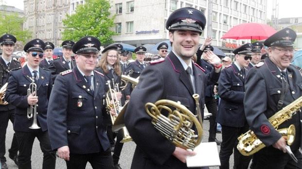 DMF: Glückliche Gesichter am Sonntag beim großen Festumzug