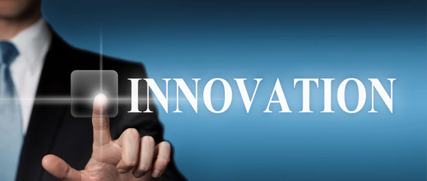 Innovation Businessman Schriftzug mit Finger