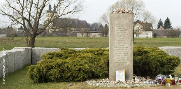 Jedwabne, Polen, Holocaust, Gesetz