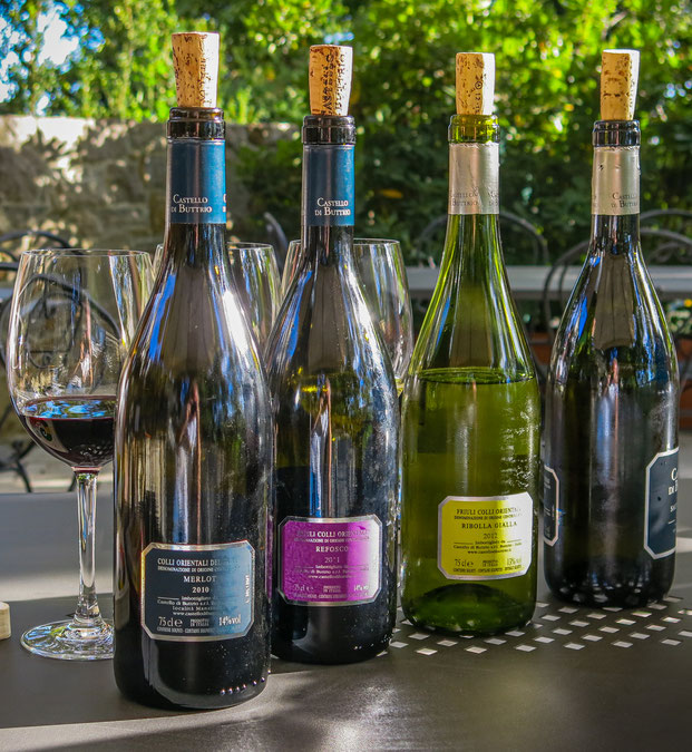 Weinverkostung im Castello di Buttrio