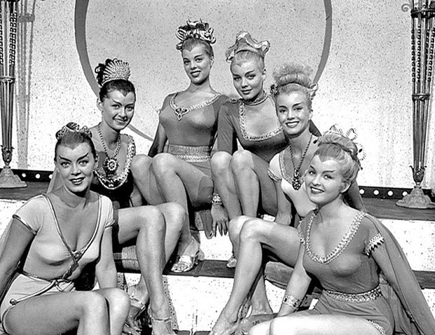 1958- женщины ретро