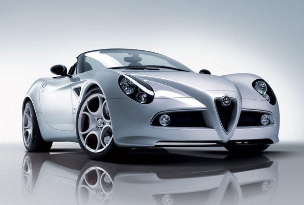 Alfa-Romeo-Spider-8C