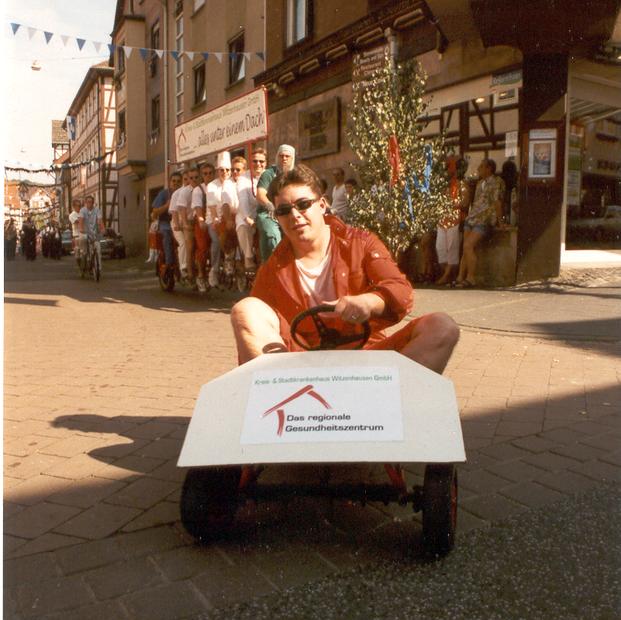 Unser selbstgebautes Motor-Kettkar diente als Notfallversorgungswagen
