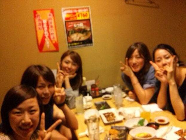 (左から)高田汐選手・伊集選手・浦島選手・園田選手・中川選手