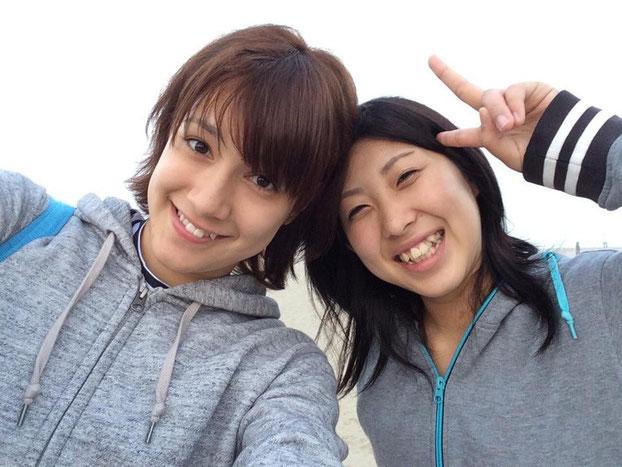 (左)加藤選手(右)お友達